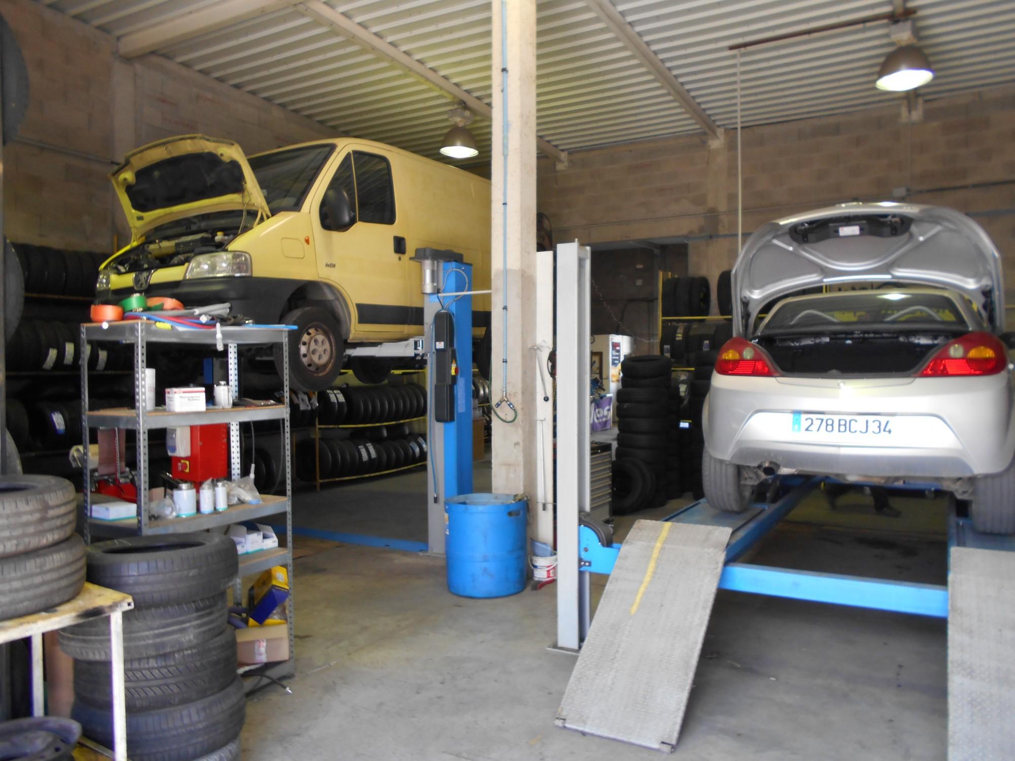 garage proposant un forfait vidange lunel comptoir du pneu