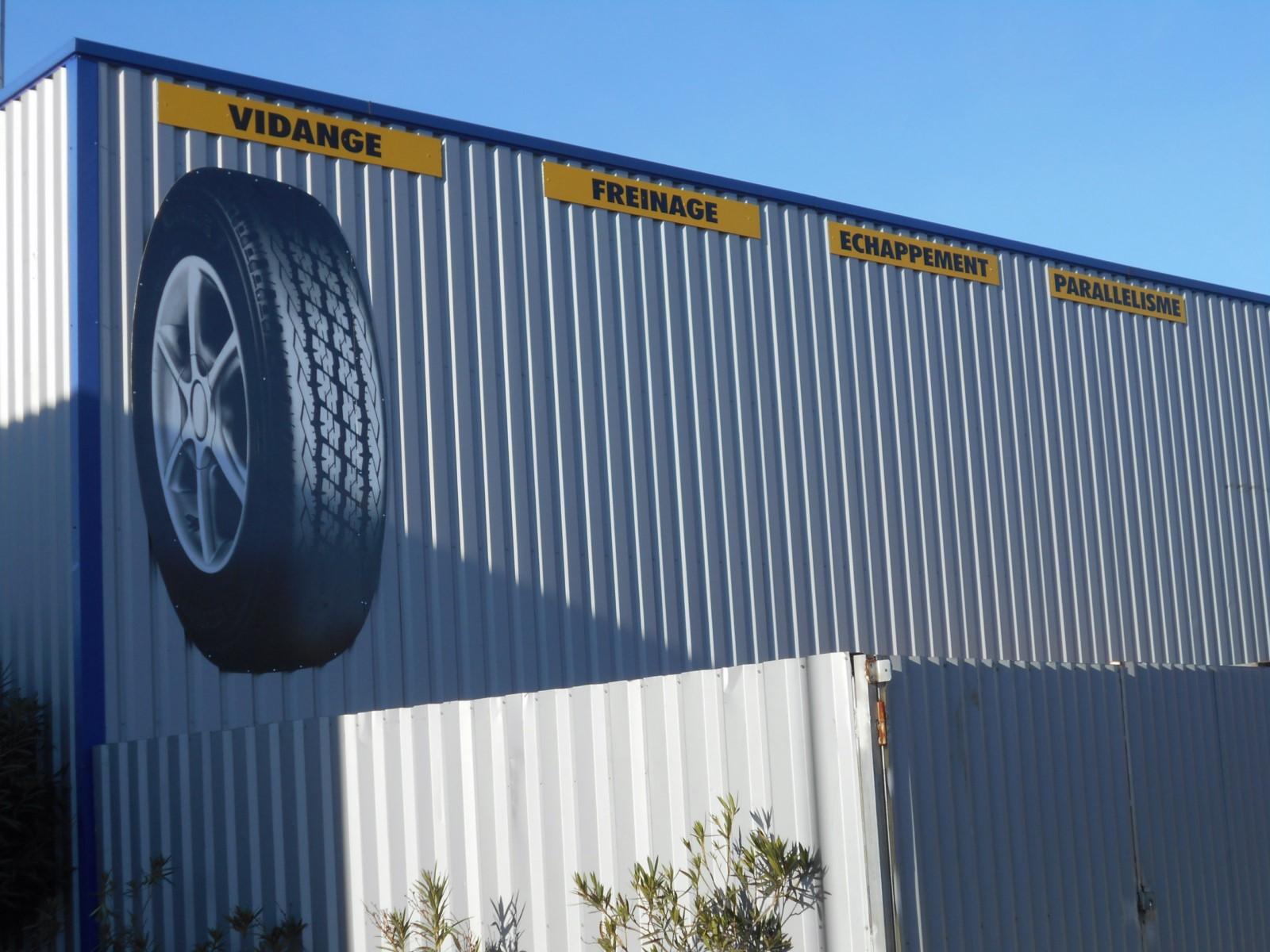 nos activit s vente de pneus neufs et d 39 occasion montpellier comptoir du pneu. Black Bedroom Furniture Sets. Home Design Ideas